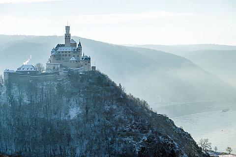 Die Marksburg bei Braubach im Winter