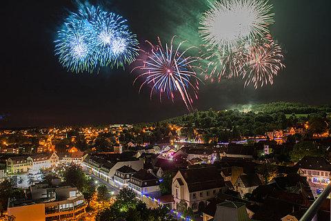 """Das Feuerwerk beim """"Residenzfest"""" in Kirchheimbolanden"""