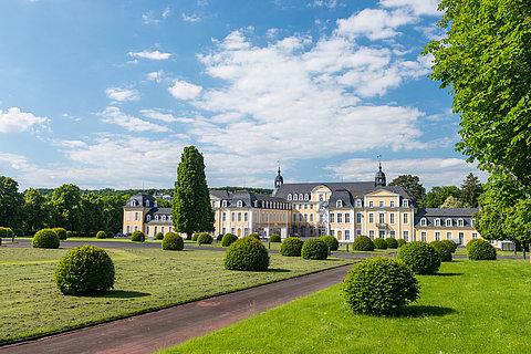 Schloss Oranienstein Diez mit Schlossgarten, Lahntal
