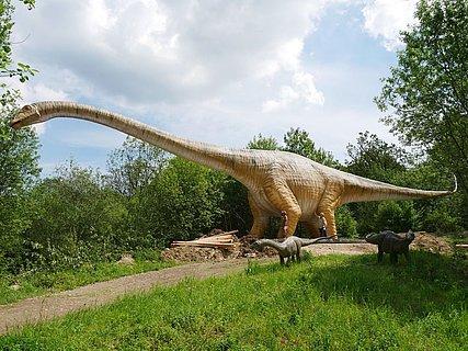 """Der """"Dinosaurierpark Teufelsschlucht"""" in der Südeifel"""